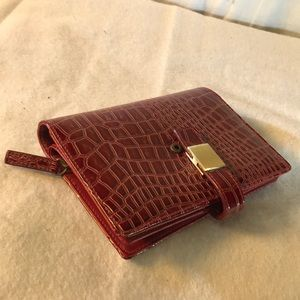 Unlisted Kenneth Cole wallet